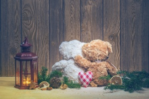 Christmas decorations - lanterns and embracing bears